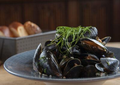Brighton Restaurants - Brighton Pub - The Dorset Bar and Kitchen